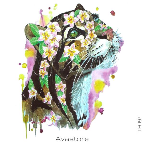 image tatouage tigresse